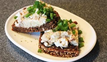 Delikatna pasta z makreli i jajek
