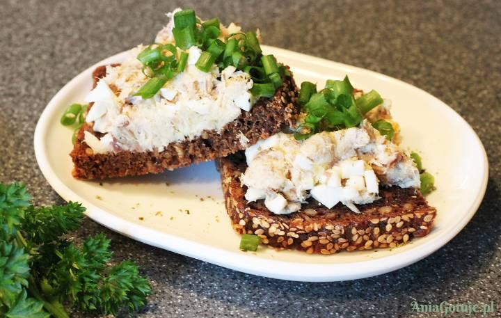 Delikatna pasta z makreli i jajek, 1