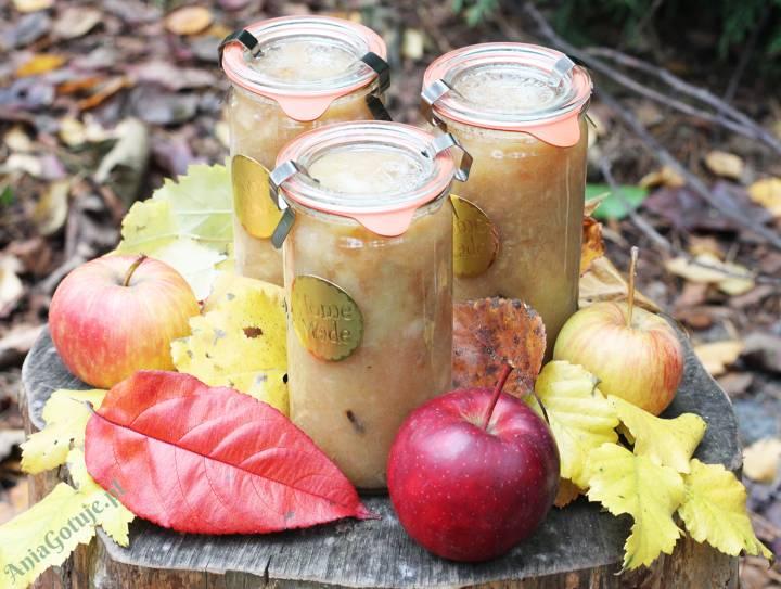 Jabłka prażone z cynamonem i goździkami, 1