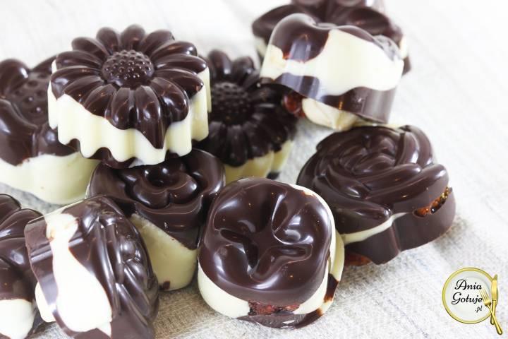 Domowe czekoladki z bakaliami, 2