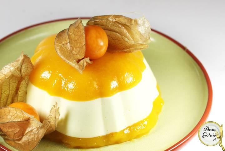 Aksamitne serniczki z musem z mango, 2