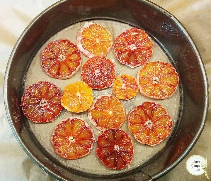Odwrócone ciasto jogurtowe z pomarańczą, 1