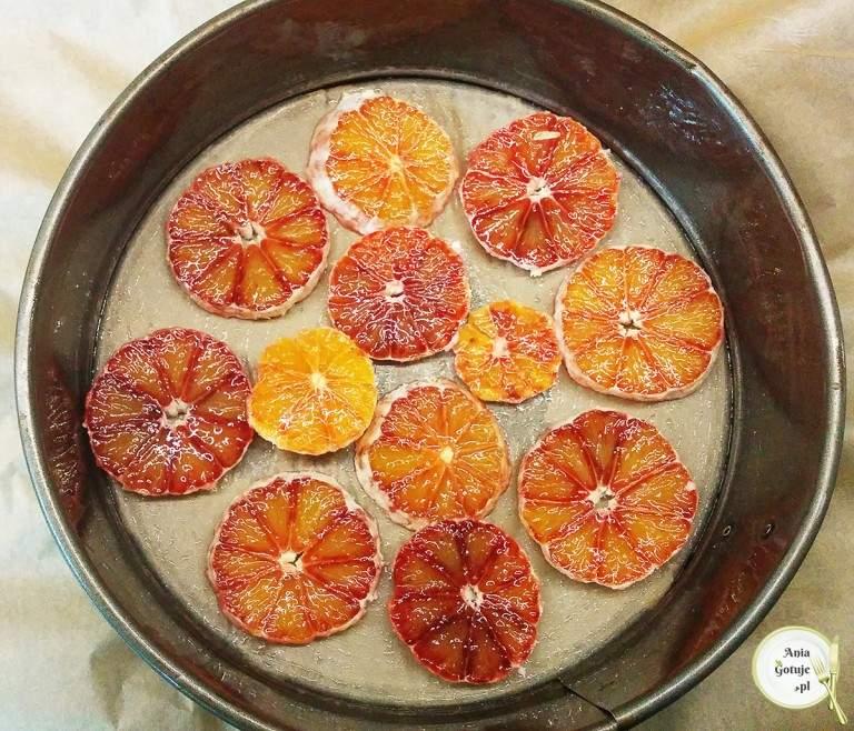 odwrocone-ciasto-jogurtowe-z-pomarancza-1