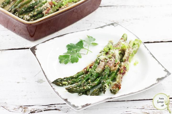 Zielone szparagi zapiekane w szynce parmeńskiej, 2