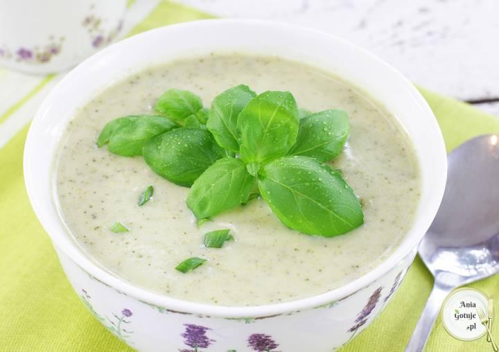 Zupa krem brokułowo-cukiniowa, 1