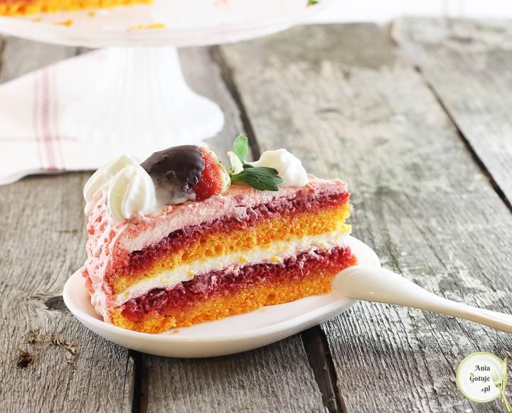 Tort malinowy z truskawkami w czekoladzie, 2