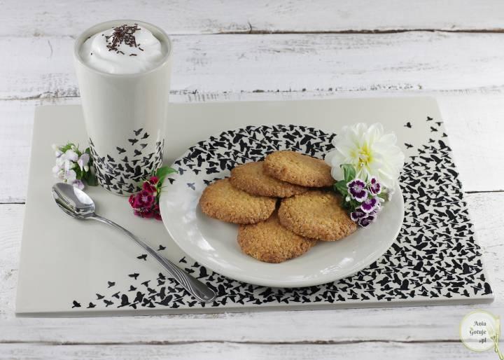 Chrupiące ciasteczka z płatków jaglanych i kokosa, 3