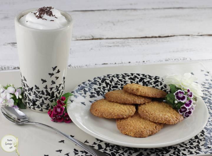 Chrupiące ciasteczka z płatków jaglanych i kokosa, 4