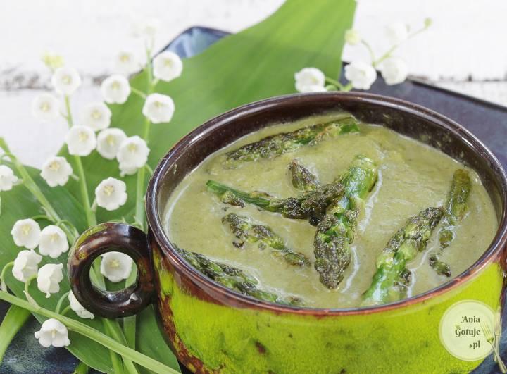 Zielona zupa krem ze szparagów, cukinii i szpinaku, 2