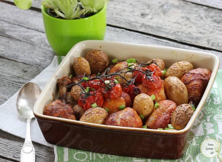 Pałki kurczaka pieczone z ziemniakami, 1