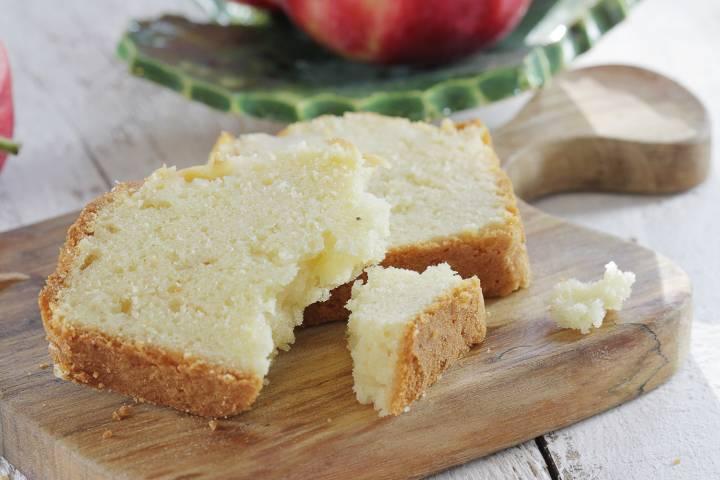 Proste ciasto ucierane z jabłkiem, 2