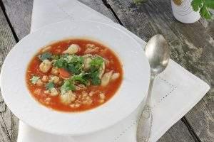 Zupa kalafiorowo pomidorowa