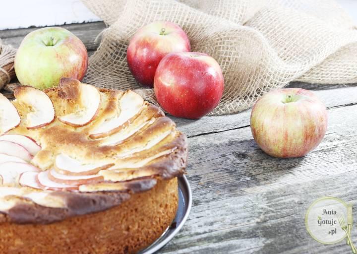 Ciasto drożdżowe z parasolką z jabłka, 2
