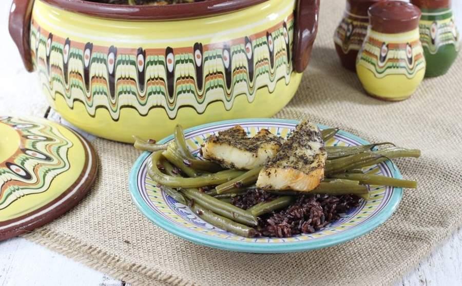 Gjuwecz - halibut pieczony z dzikim ryżem i fasolką
