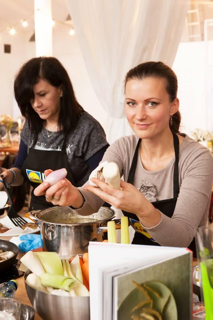 Kuchnia Polska z Lidlem i Karolem Okrasą, 5