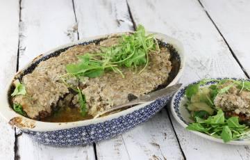Warstwowa zapiekanka z mięsem i ziemniakami