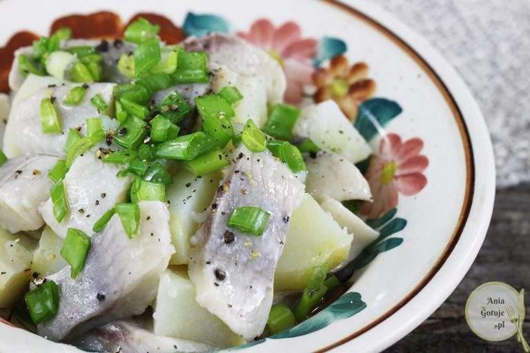 salatka-sledziowa-z-ziemniakami-2