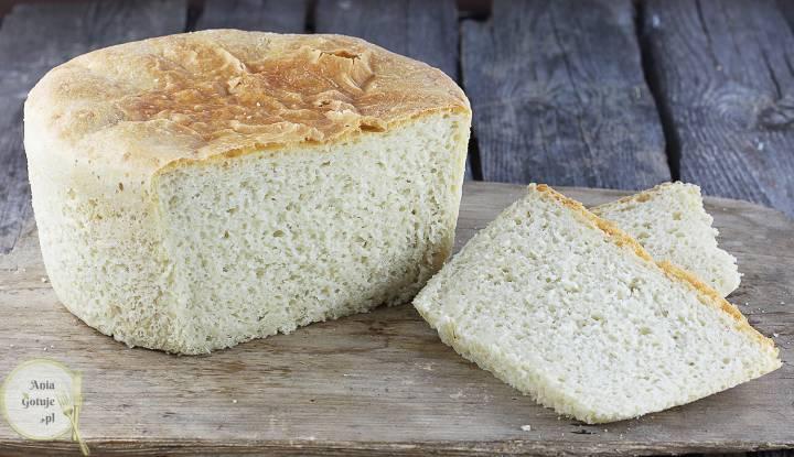 Delikatny chleb pszenny z garnka, 3