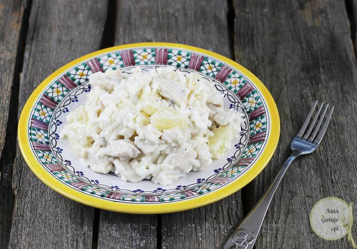 Sałatka kolacyjna z kurczakiem i ananasem, 1