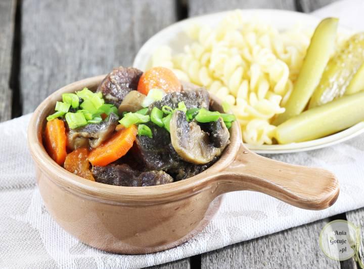 Wołowina pieczona z warzywami, 2
