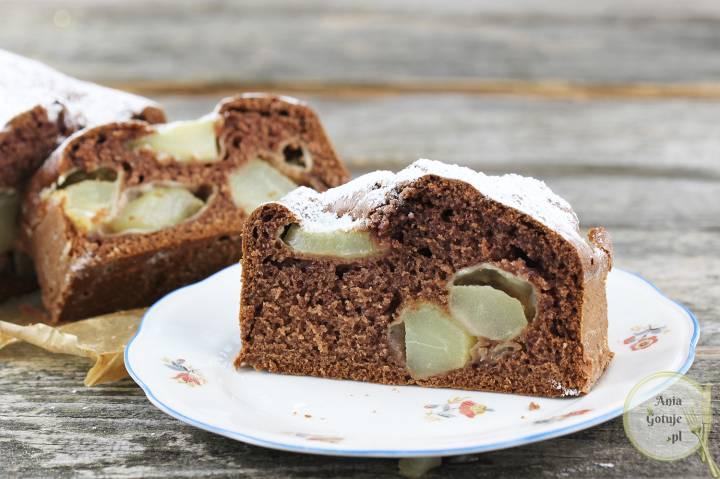 Ciasto kakaowe z gruszkami, 1