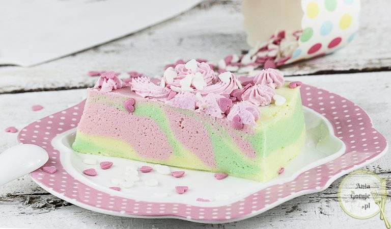 ciasto-teczowa-pianka-2