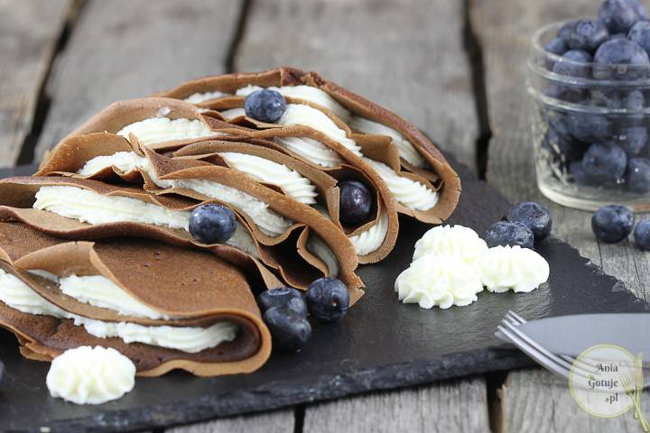 Naleśniki czekoladowe puszyste, 1