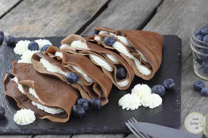 Naleśniki czekoladowe puszyste, 2