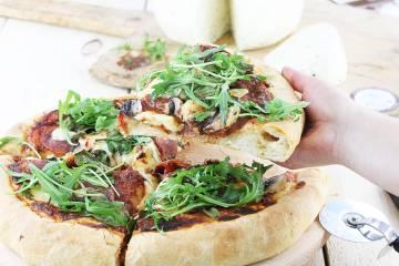 Puszysta pizza Korycińska