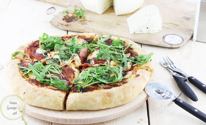 Puszysta pizza Korycińska, 3