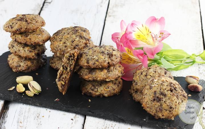 Ciastka z pistacjami i gorzką czekoladą, 2