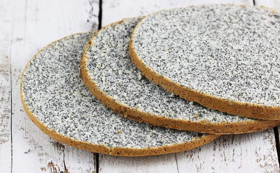 Pół biszkopt białkowy z makiem do tortów