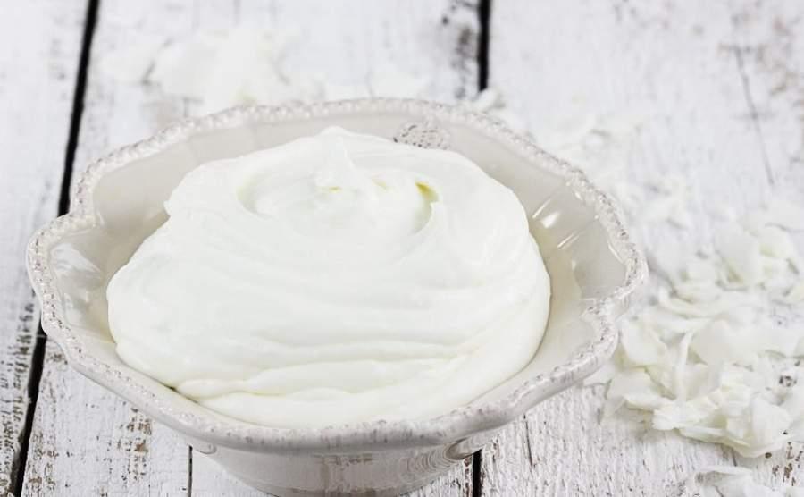 Jak zrobić lekki krem kokosowy do tortów