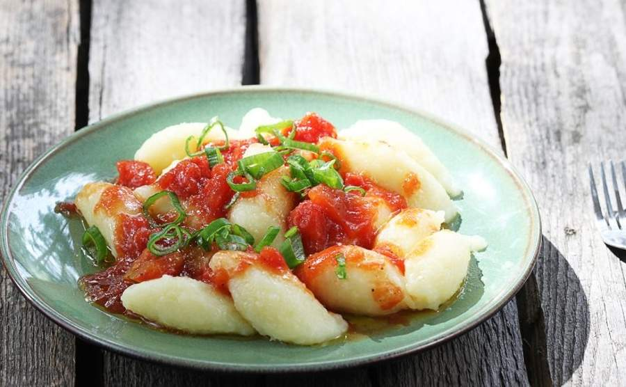 Miękkie kluski z gotowanych ziemniaków