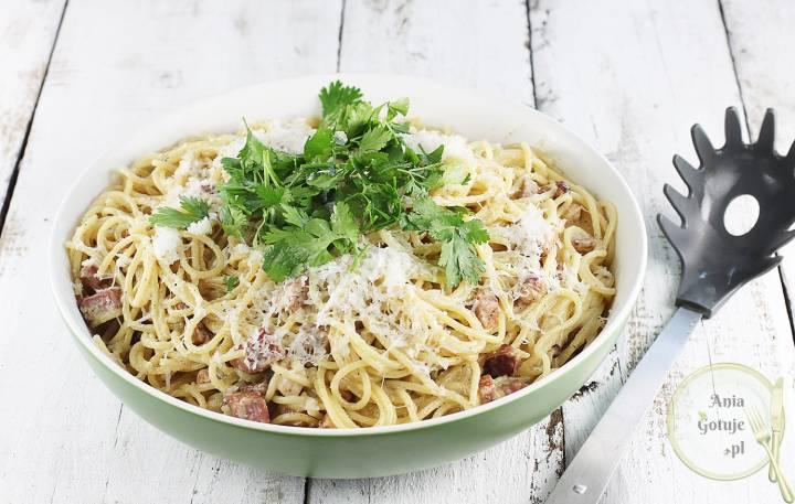 Spaghetti alla carbonara, 1