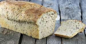 Domowy chleb pszenny na kefirze