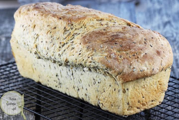 Domowy chleb pszenny na kefirze, 1