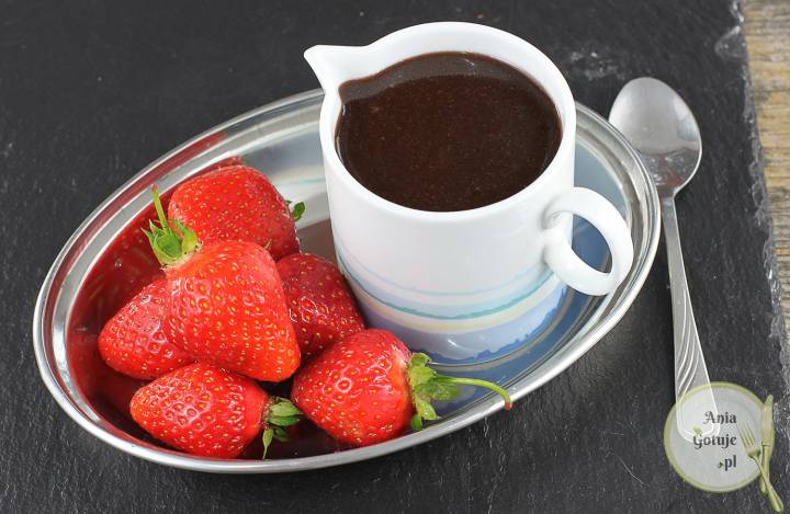 Domowy sos toffi z kakao, 1