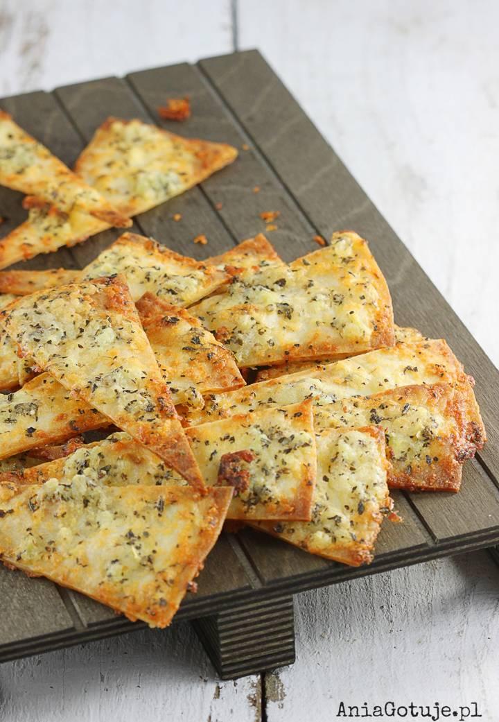 Chipsy serowo-czosnkowe z tortilli, 1
