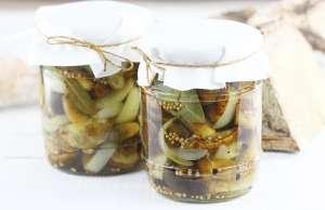 Grzyby marynowane słodko ostre