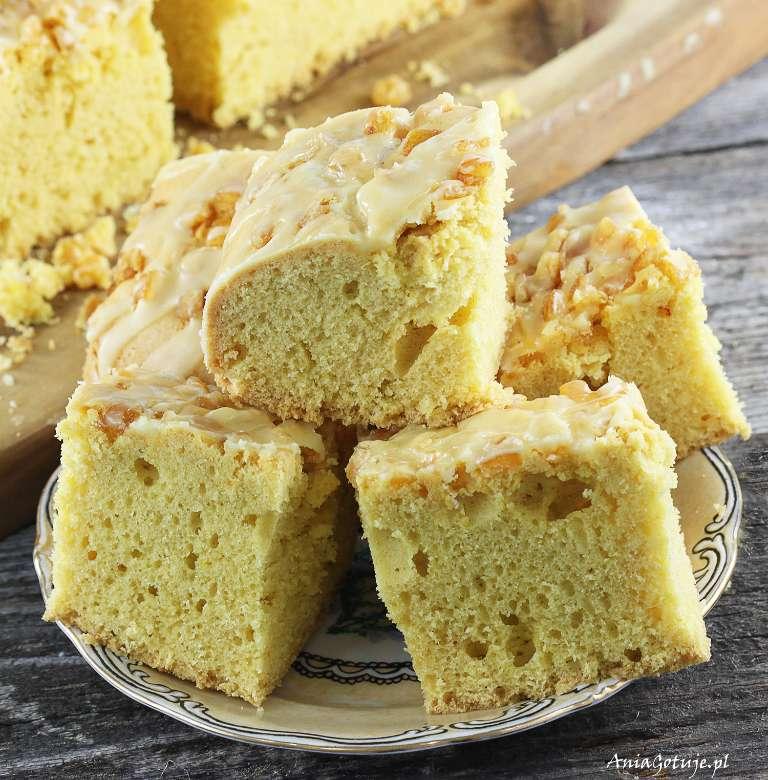 ciasto-budyniowe-na-oleju-1