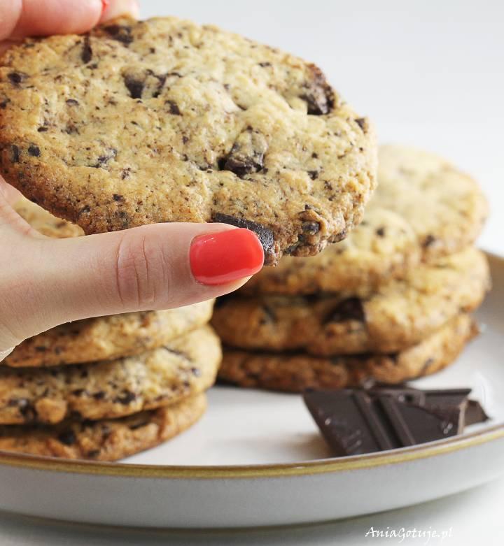 Kruche ciastka maślane z czekoladą, 1