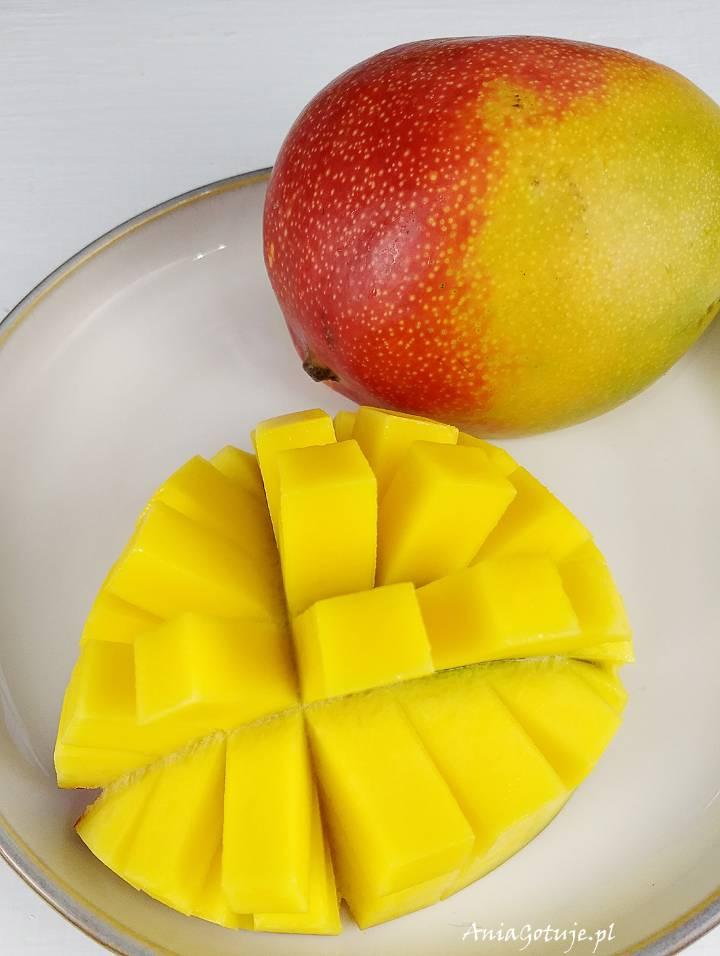 Sałatka z mango i kurczakiem, 4