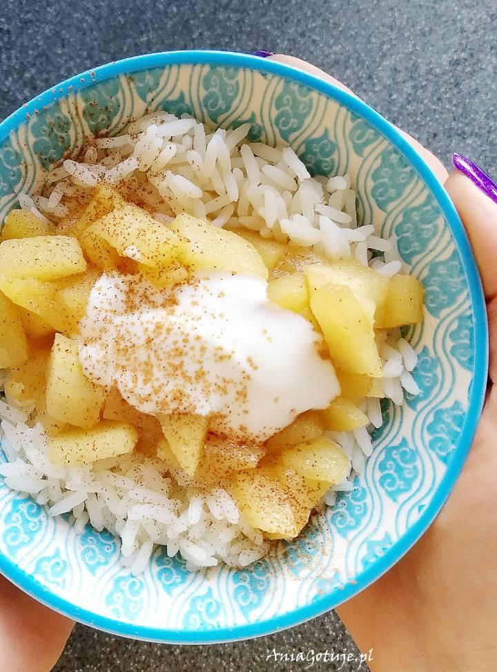 Ryż z prażonym jabłkiem, 1