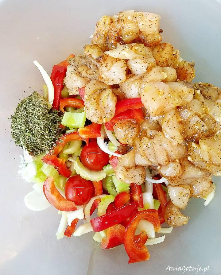 Pierś z kurczaka pieczona z warzywami, 5