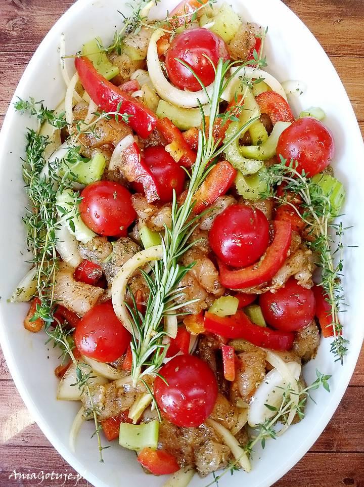 Pierś z kurczaka pieczona z warzywami, 6
