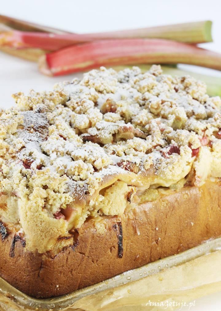 Ciasto drożdżowe z rabarbarem i kruszonką, 10