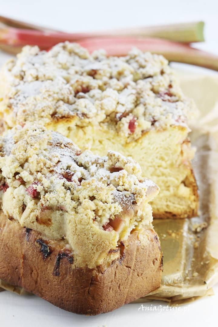 Ciasto drożdżowe z rabarbarem i kruszonką, 11