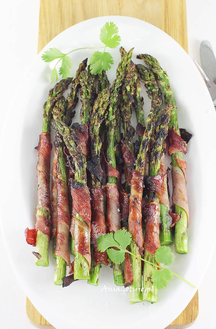 Szparagi z grilla, 1